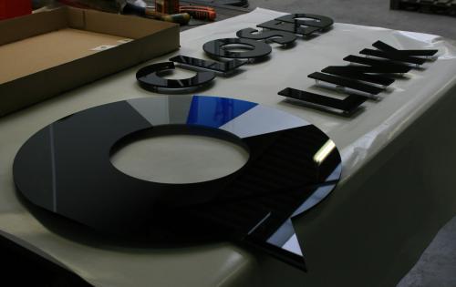 laser-gesneden of waterjet-gesneden product van de dag